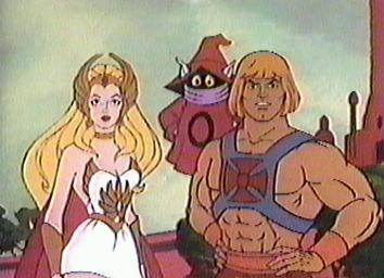 He-Man y She-Ra juntos. Esos capítulos sí que eran buena onda. Ah, también salió el deforme de Orko en la foto.